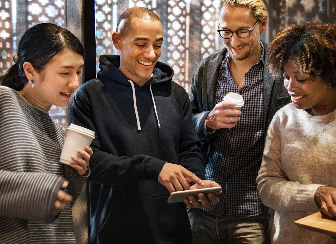 Transformar productos y servicios 4 pilares para dirigir la transformación digital